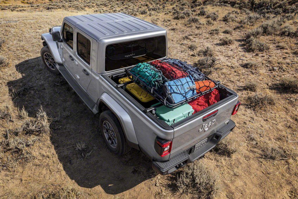 Jeep Gladiator - Geschlossen, Heck offen.