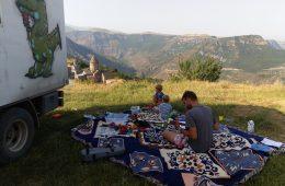 Offroad-Overlanding-Weltreise mit Kindern - Stellplatz am Kloster Tatev in Südarmenien.