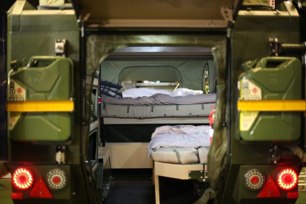 DIMA4x4 - Viel Platz durch ausklappbare Zelte.