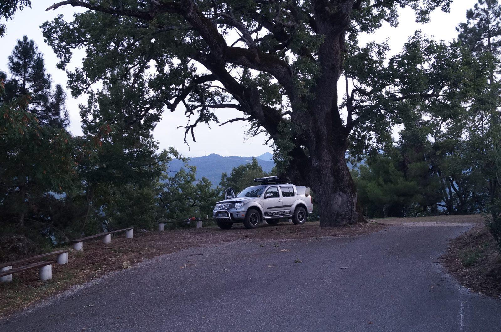 Offroad in Griechenland - Gruseliger Übernachtungsplatz im griechischen Niemandsland.