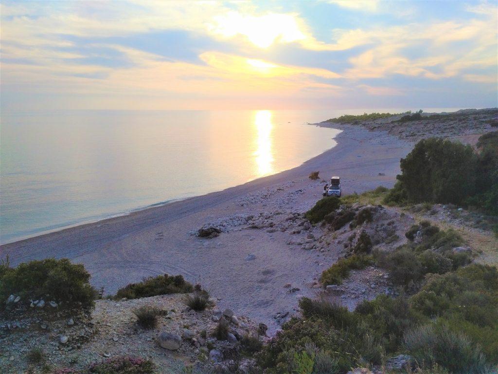 Stellplatz am Beginn der albanischen Riviera