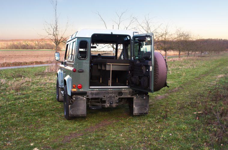 Das Kaua'i Camper Stecksystem nun auch für den Land Rover Defender 90.