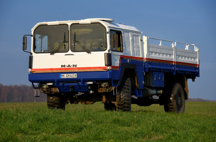 Naviton - MAN KAT des Reemtsma-Rallye-.Dakar-Teams mit Naviton lackiert.