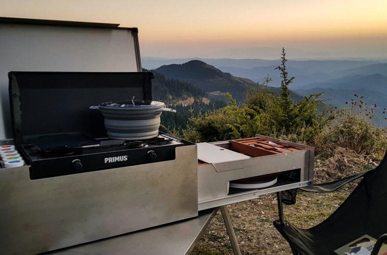 Die mobile MOKUBO Küchenbox von Red Rock Adventures
