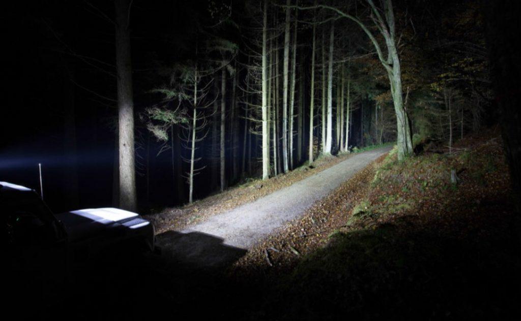 Geländewagenausrüstung -Offroad-Beleuchtung - Titelbild