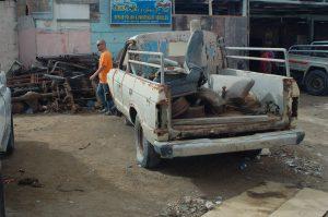 Ein FJ60 der irgendwann in seinem langen Leben zum Pickup umgebaut wurde.