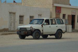 Ein gut gebrauchter FZJ80 als Familienauto.