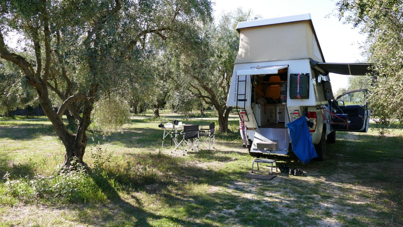 Griechenland - Tagelange Ruhe im Olivenhain.