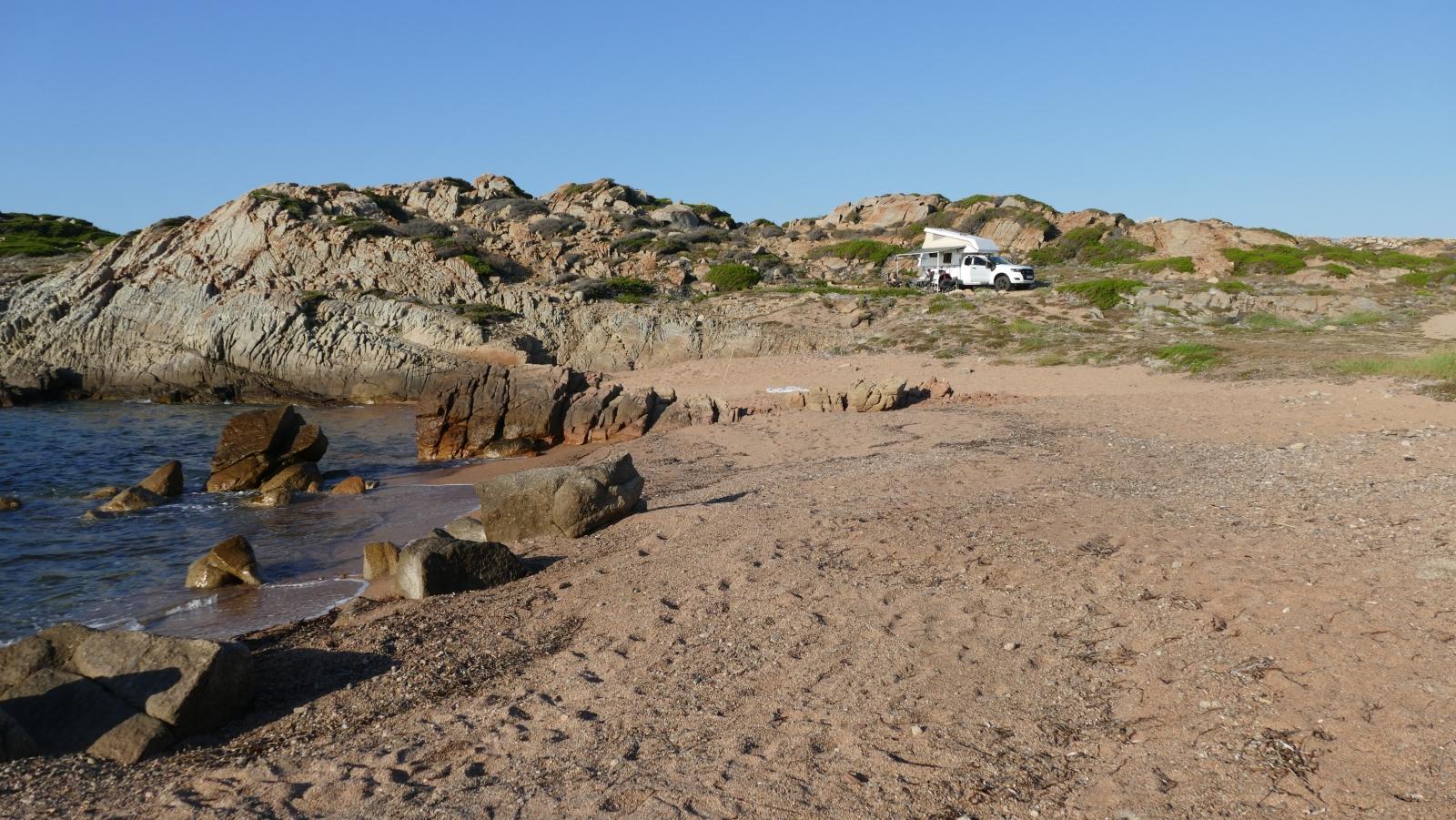 Stellplatz mit eigenem Strand.