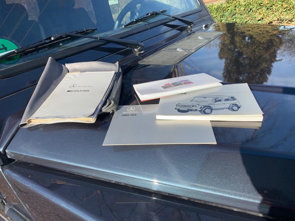 Handbücher.