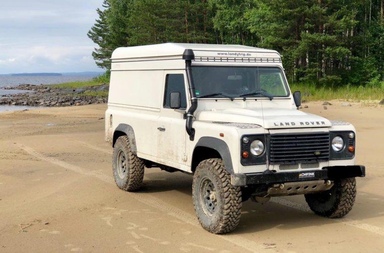 Ihr wollt einen Geländewagen bzw. einen Defender mieten?