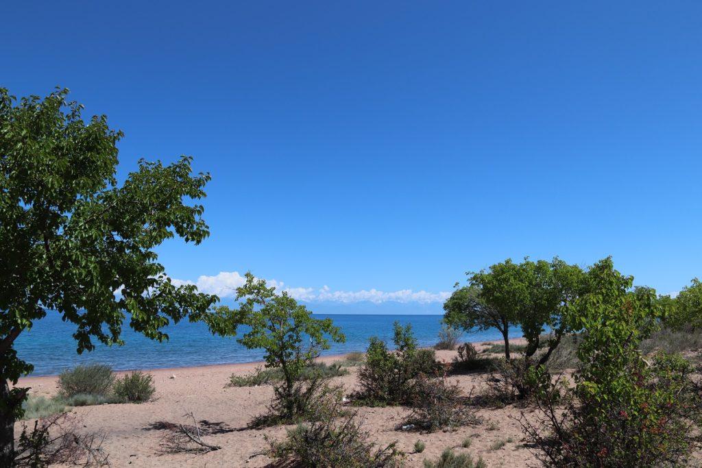 Kirgisien - Der Issyk-Kul-See lädt zum Verweilen ein.