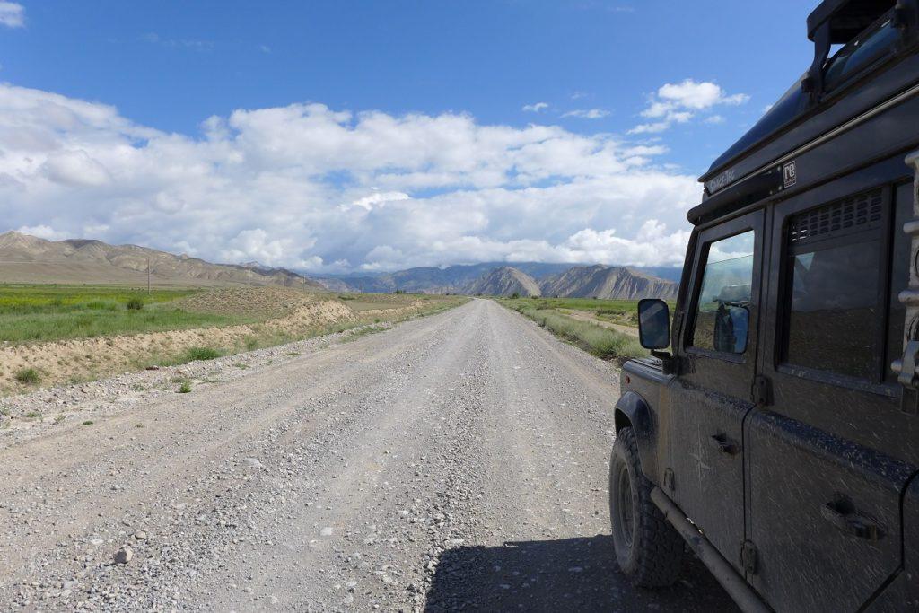 Kirgisien - Auf dem Weg in das Ferghanagebirge.