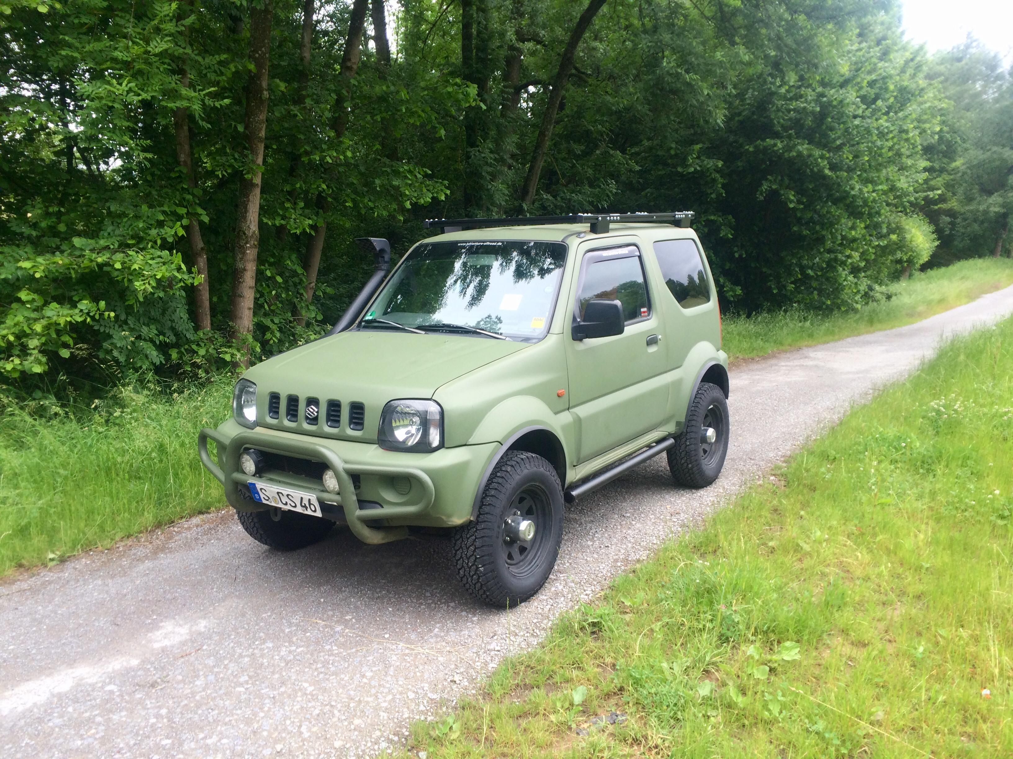 Suzuki JImny Geländewagen mieten
