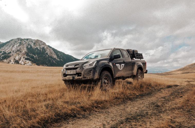 OF-Series Five Mountains Tour 2019 - Der Isuzu D-Max von Matsch&Piste in toller Kulisse.