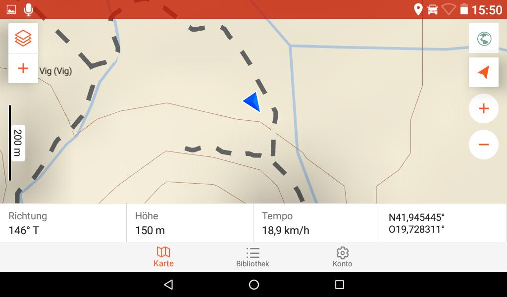 Garmin Overlander im Test - Auf der OSM-Karte sind im Gegensatz zur Straßenkarte auch kleinere Wege verzeichnet.