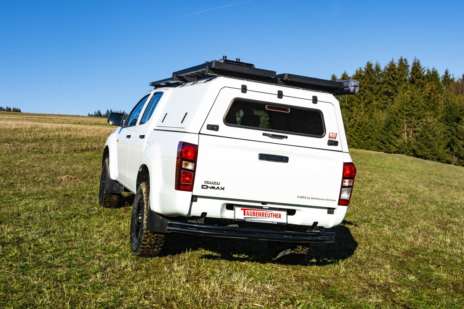 F Taubenreuther Isuzu D-MAX - RSI-Hardtop in Wagenfarbe lackiert.