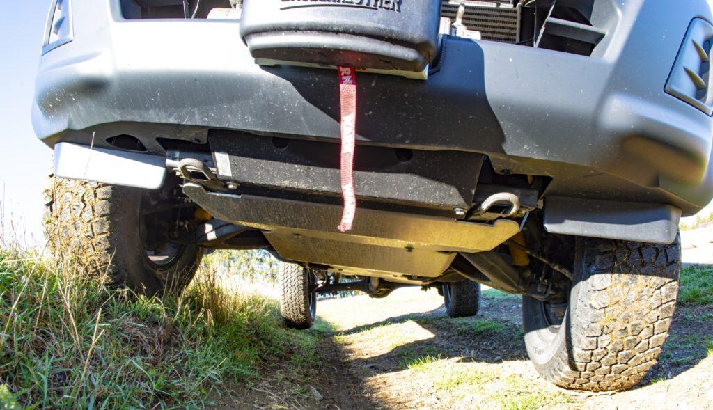 F Taubenreuther Isuzu D-MAX - Die Unterfahrschutzplatten sind eine Taubenreuther-Eigenkonstruktion.