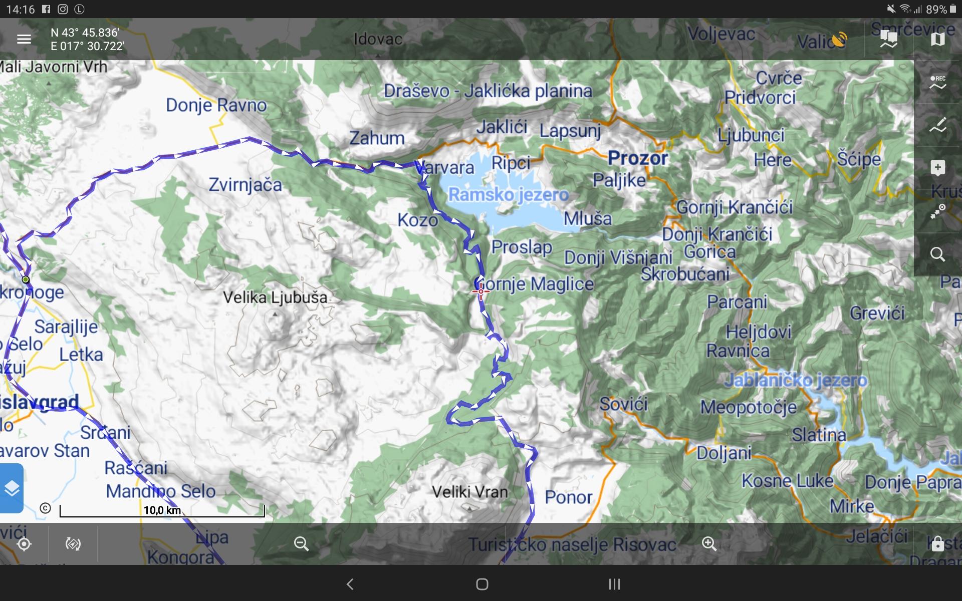 GPS Globe X8 im Test - Das Problem haben Vektorkarten nicht.