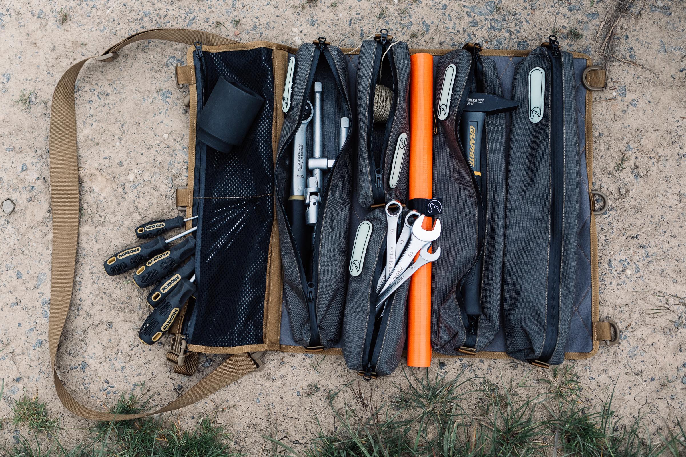 Werkzeugtasche Tool-Roll von Nakatanenga - Passt viel rein.