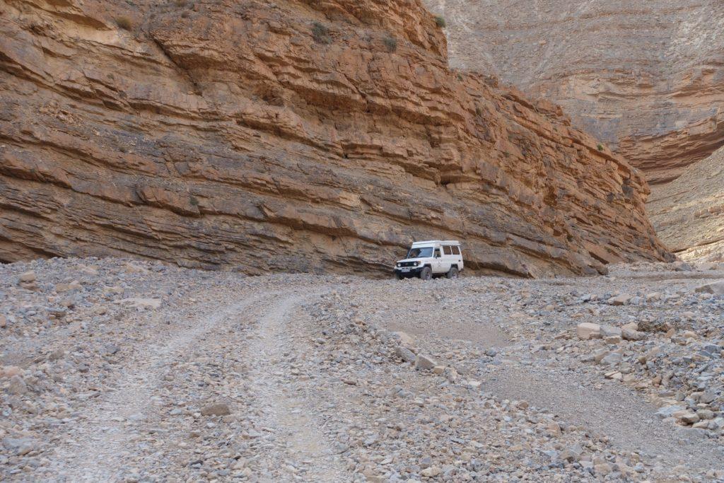 Toyota Land Cruiser in Marokko - Statt langweiligem Asphalt heißt es Offroaden vor malerischer Kulisse.