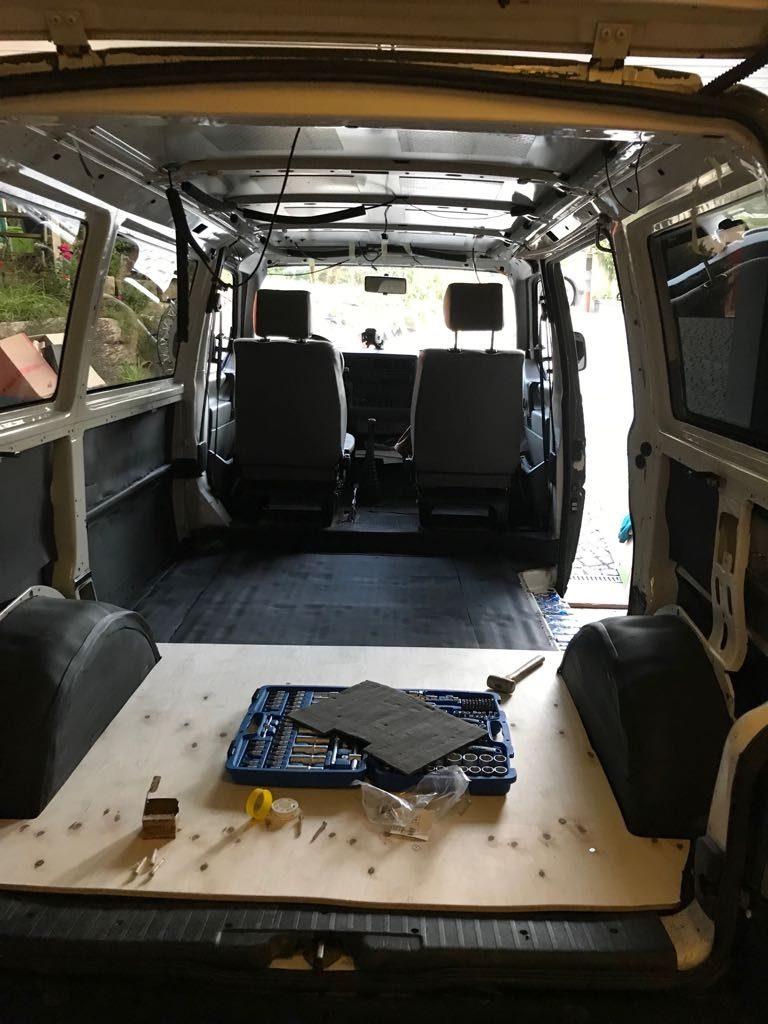 VW Bus T4 Syncro Reisemobil - Es wurde sukzessive am Ausbau gearbeitet.