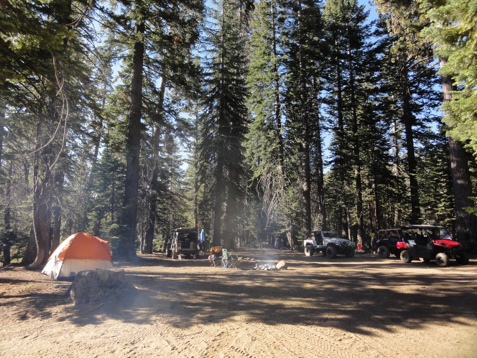 Rubicon Trail - Immer wieder kommen die Offroader zusammen.