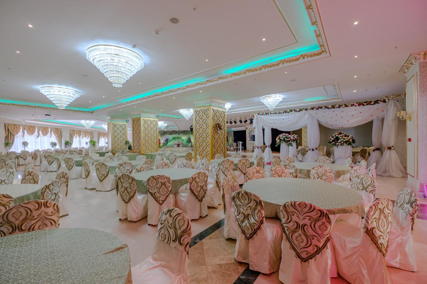 Ein Saal im Hochzeitspalast.