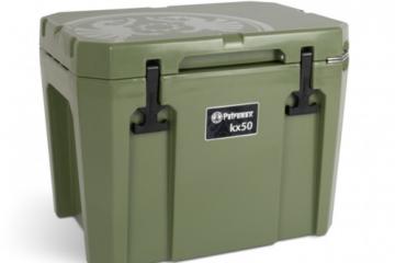 Die Petromax Kühlbox jetzt in Tarnfarbe.