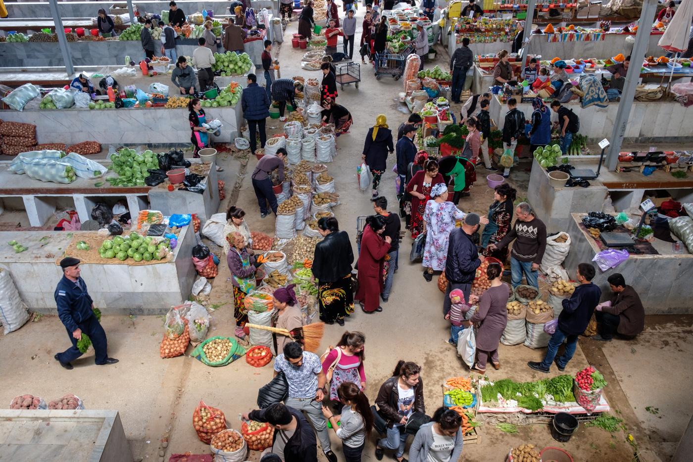 Usbekistan, Zentrum der Seidenstraße - Siab-Basar in Samarkand.