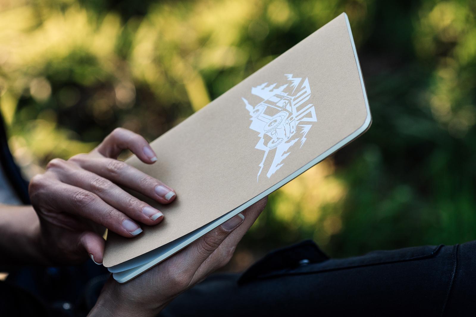 Ausrüstung für Offroad-Reisen - Matsch&Piste Notizbücher