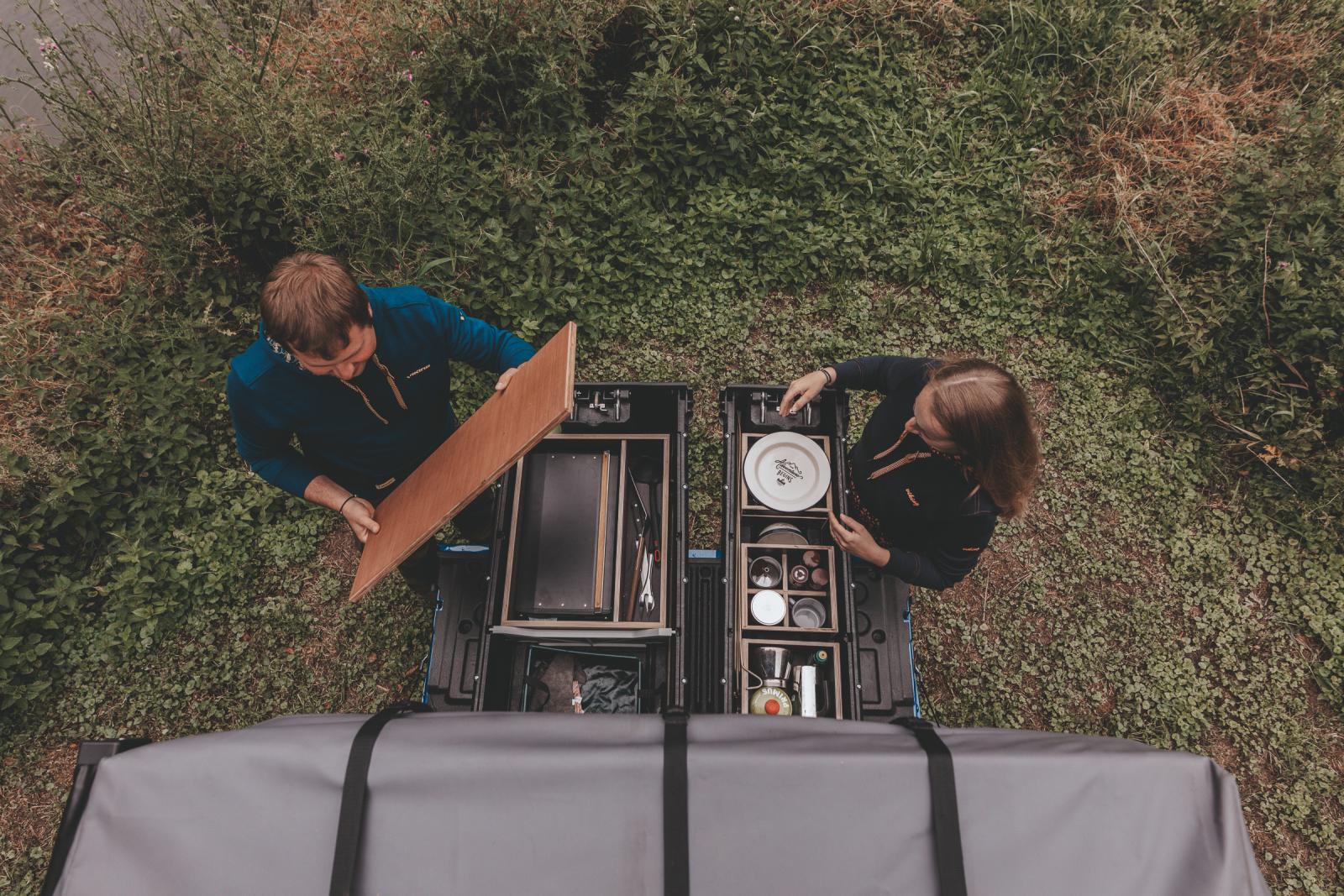 Praktisch und geräumig sind die Schubladen. Mit den Holzkisten sind sie schnell be- und entladen.