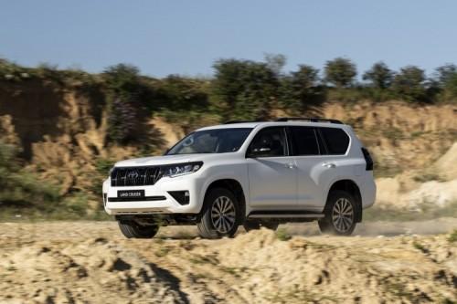 2020 wurde der Toyota Land Cruiser optisch und technisch aufgewertet.