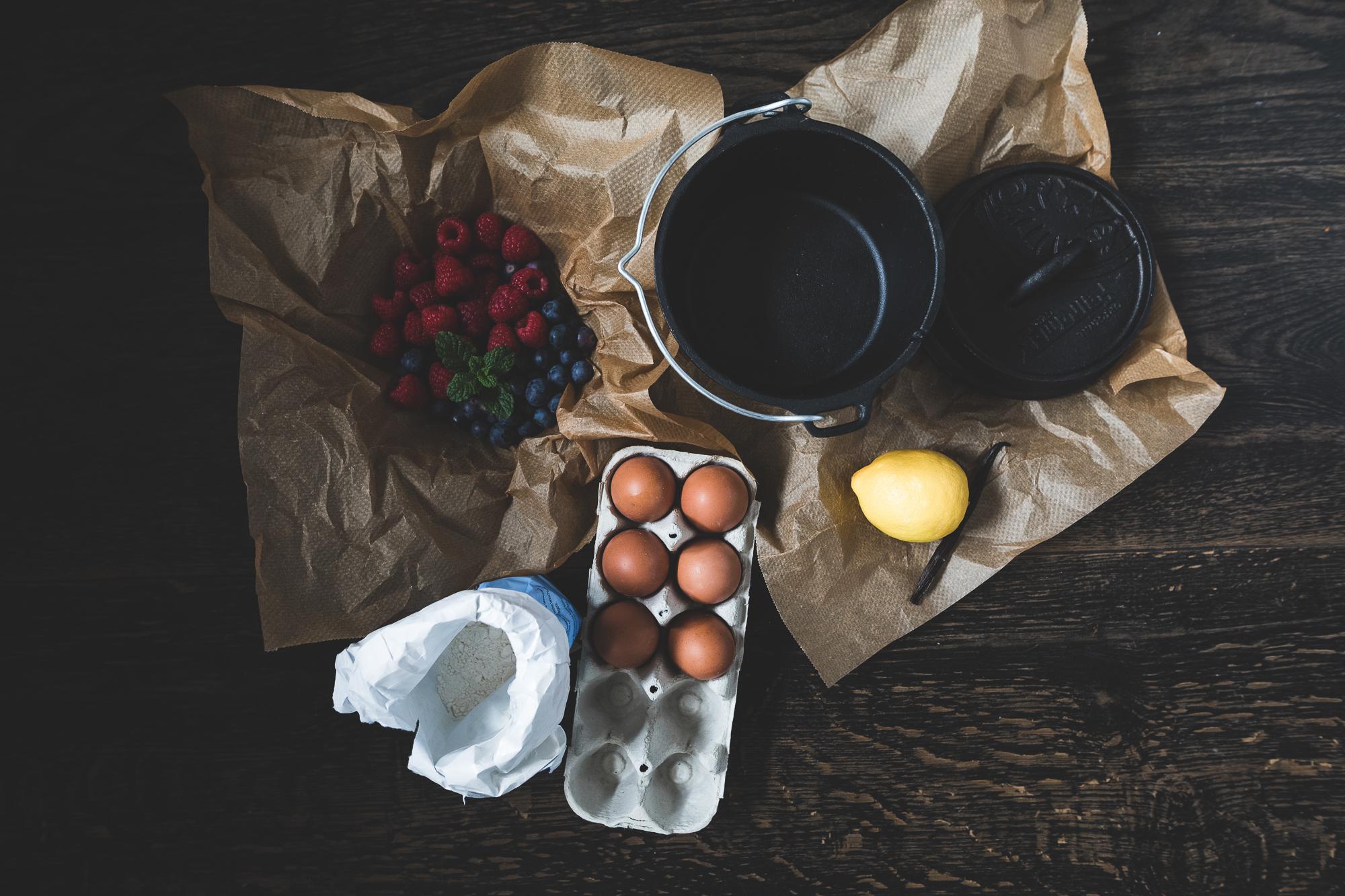 Rezept Dutch Oven Beerenkuchen