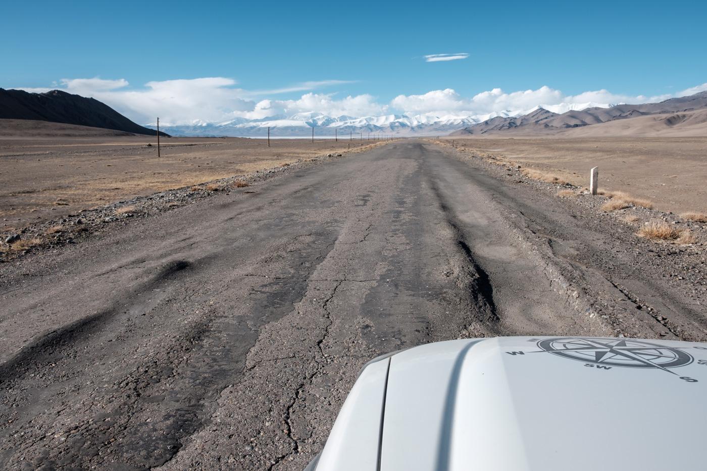 Abenteuer Pamir Highway - Verwerfungen.