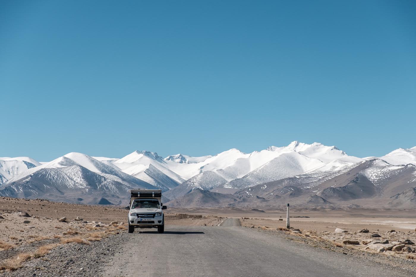 Ein letzter Blick auf das Pamir Gebirge.