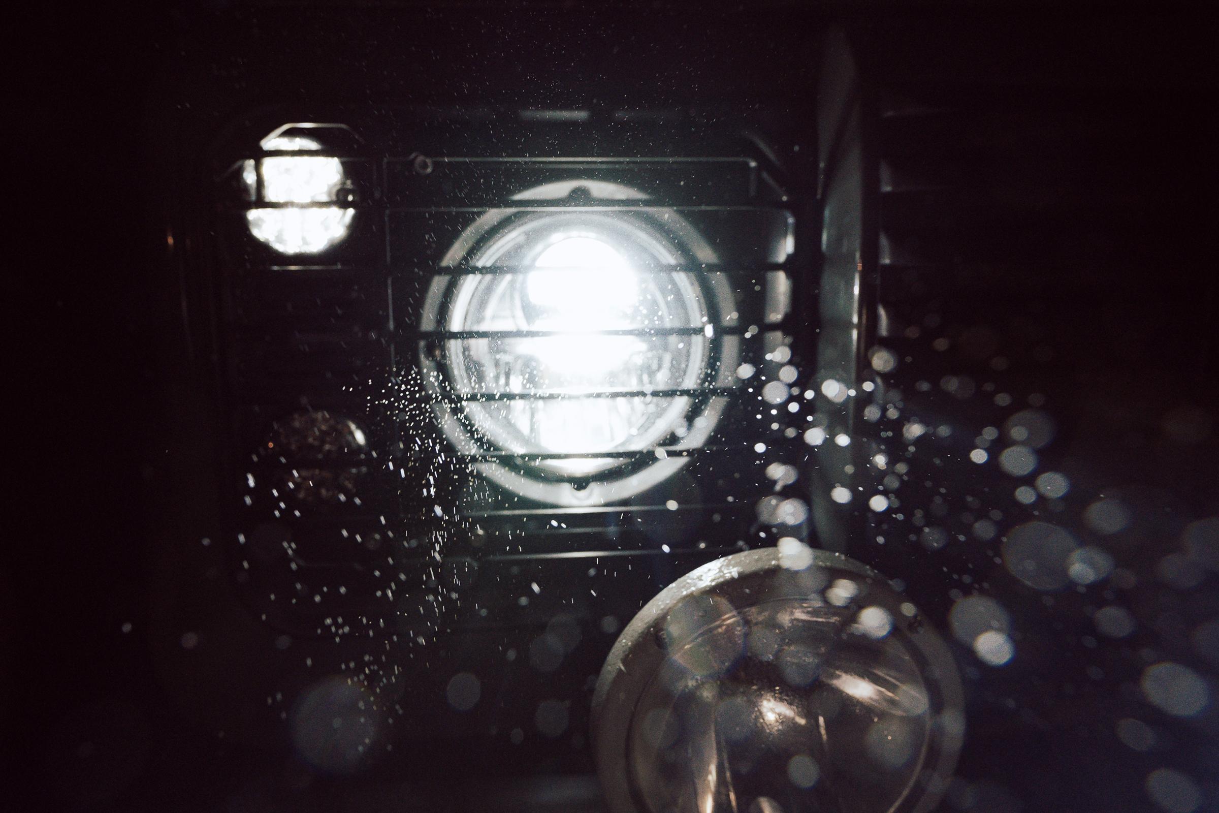 Scheinwerfer Herbst Nolden 7-Zoll Bi-LED am Defender