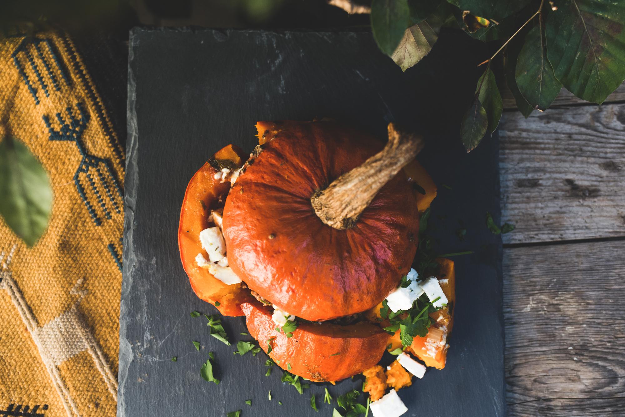 Rezept gefüllter Kürbis im Dutch Oven
