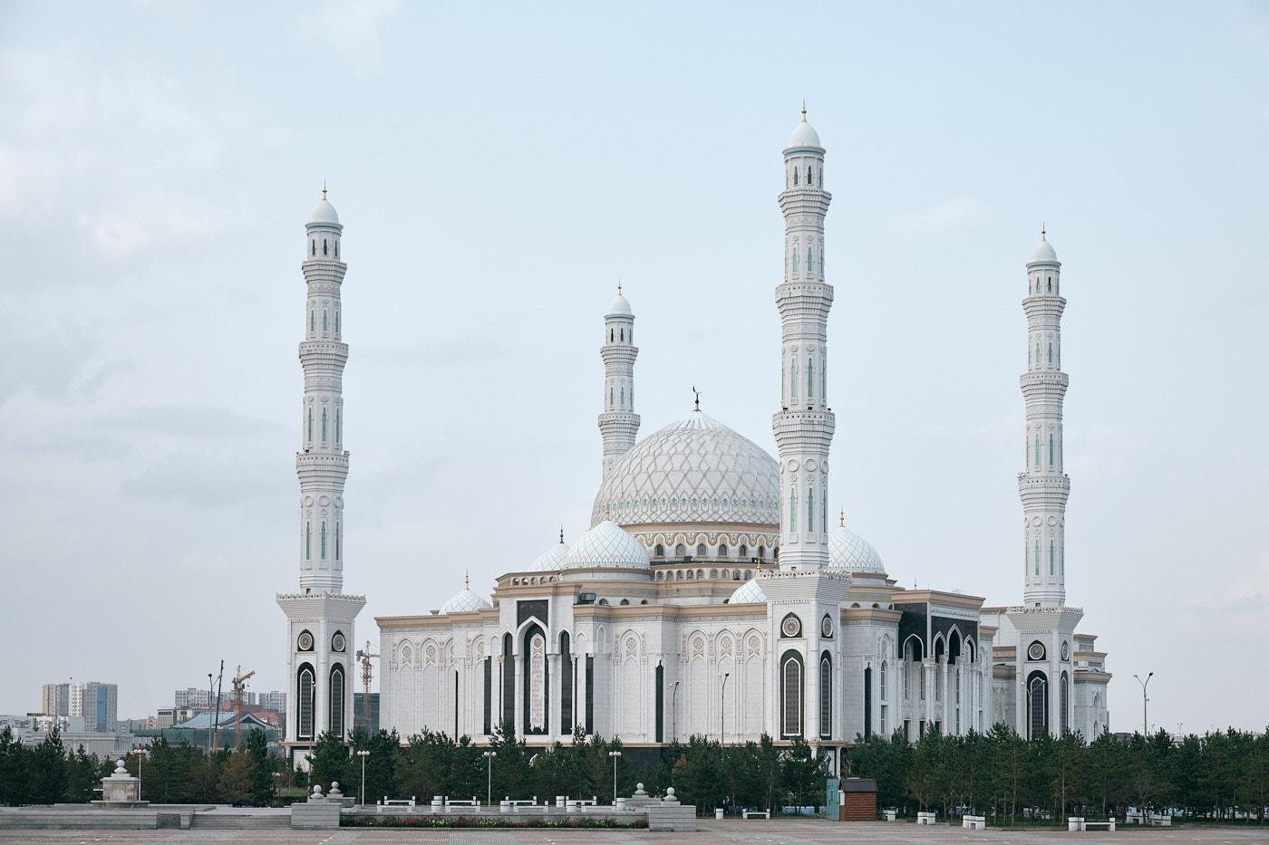 Hazrat-Sultan-Moschee, die zweitgrößte Moschee Zentralasiens.