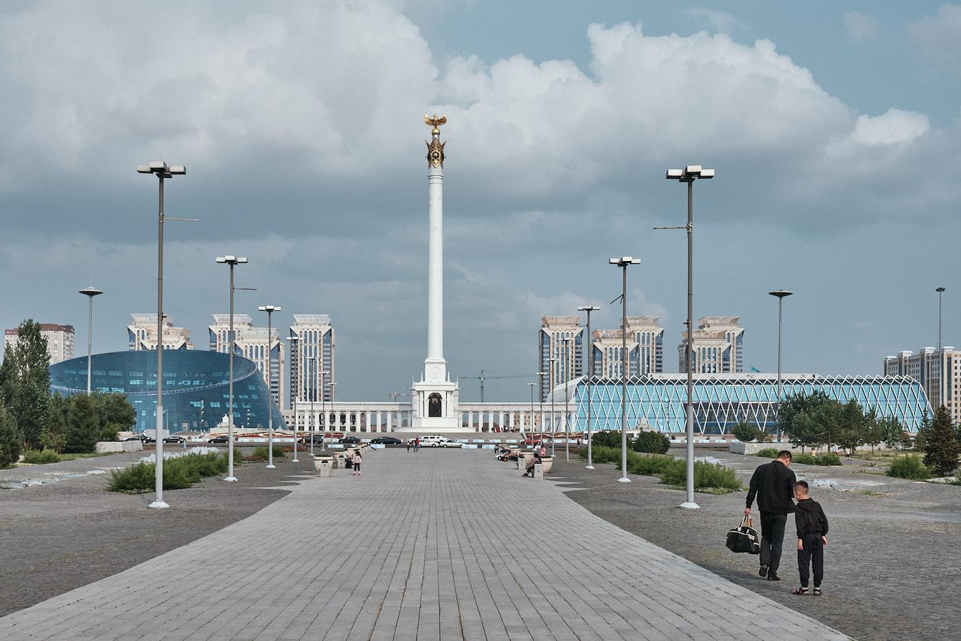 Kazakh Eli Monument am Independence Square, das Symbol der Unabhängigkeit Kasachstans.
