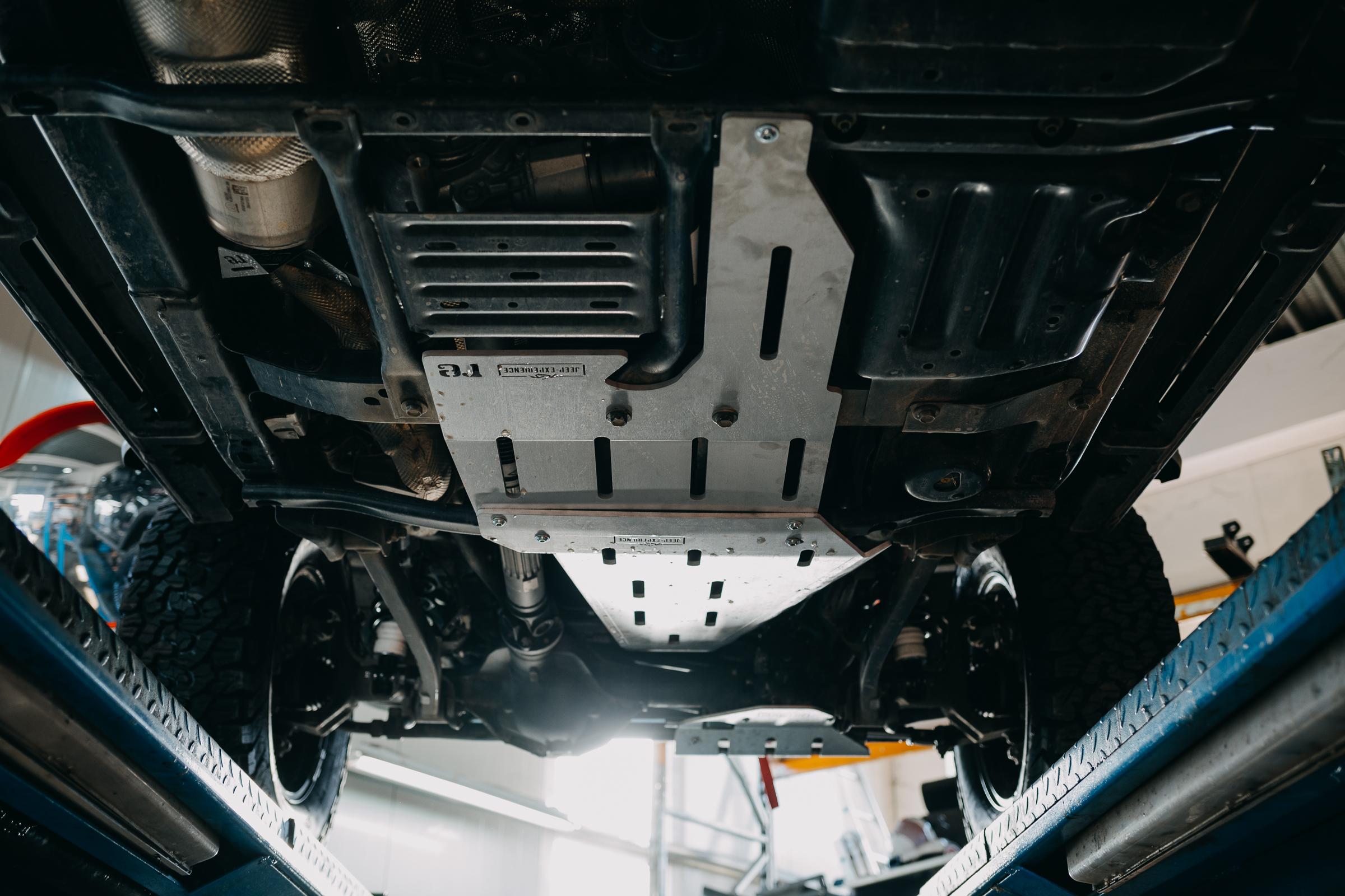 Unterfahrschutz Jeep Wrangler JL JLU re-suspension