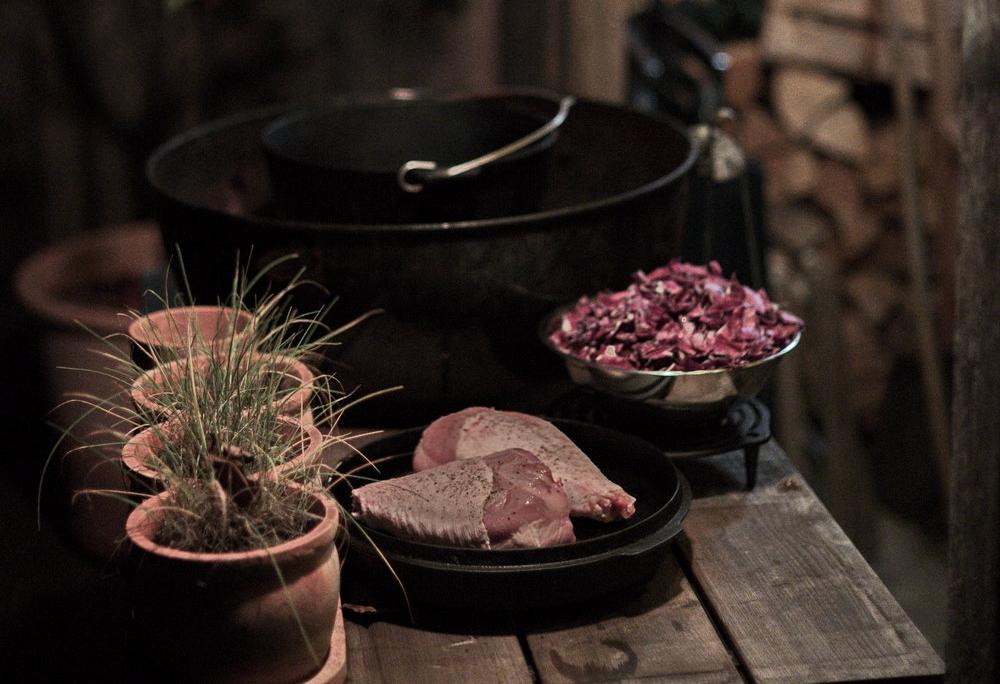 Rezept Putenoberkeule auf Rotkohl im Dutch Oven