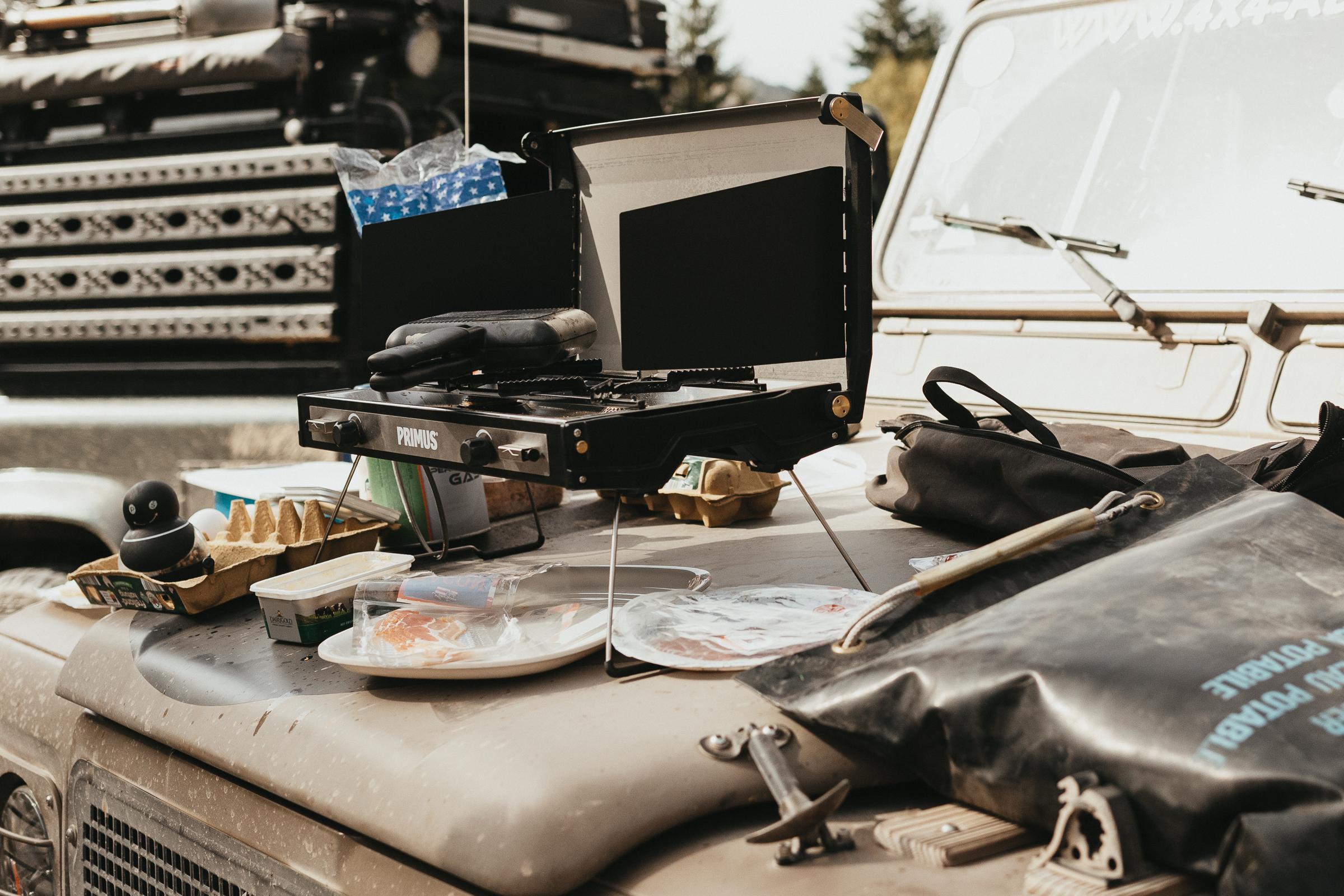 Ridge-Monkey-Sandwich-Maker in Action auf der Five-Mountains-Tour