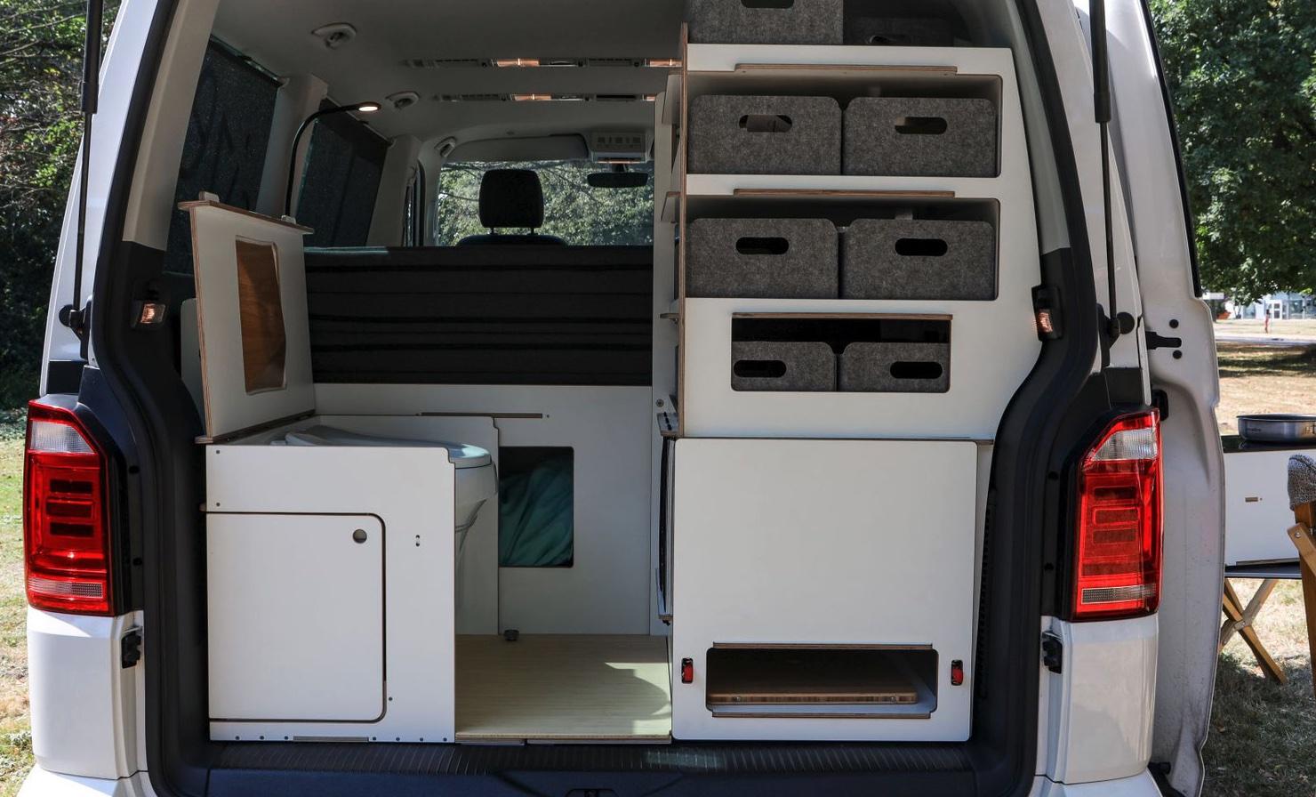 Queensize Camper Modularer Innenausbau für VW T5/T6 Schrankmodul